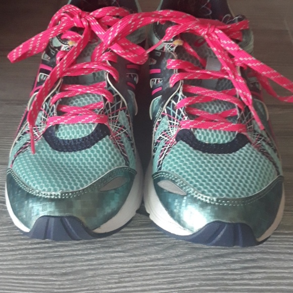 Asics Shoes - Asics Gel Running Shoes Size9 Turquoise and Pink